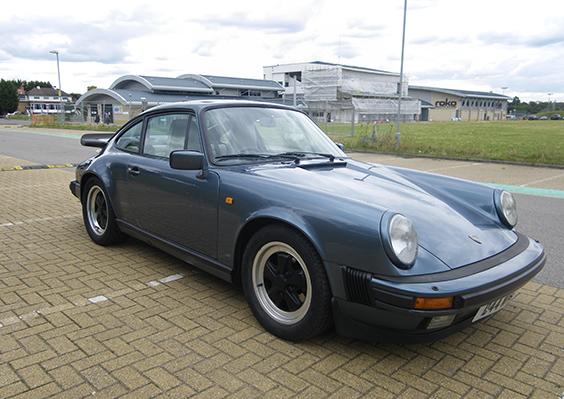 Porsche Carrera 3.2 Sport