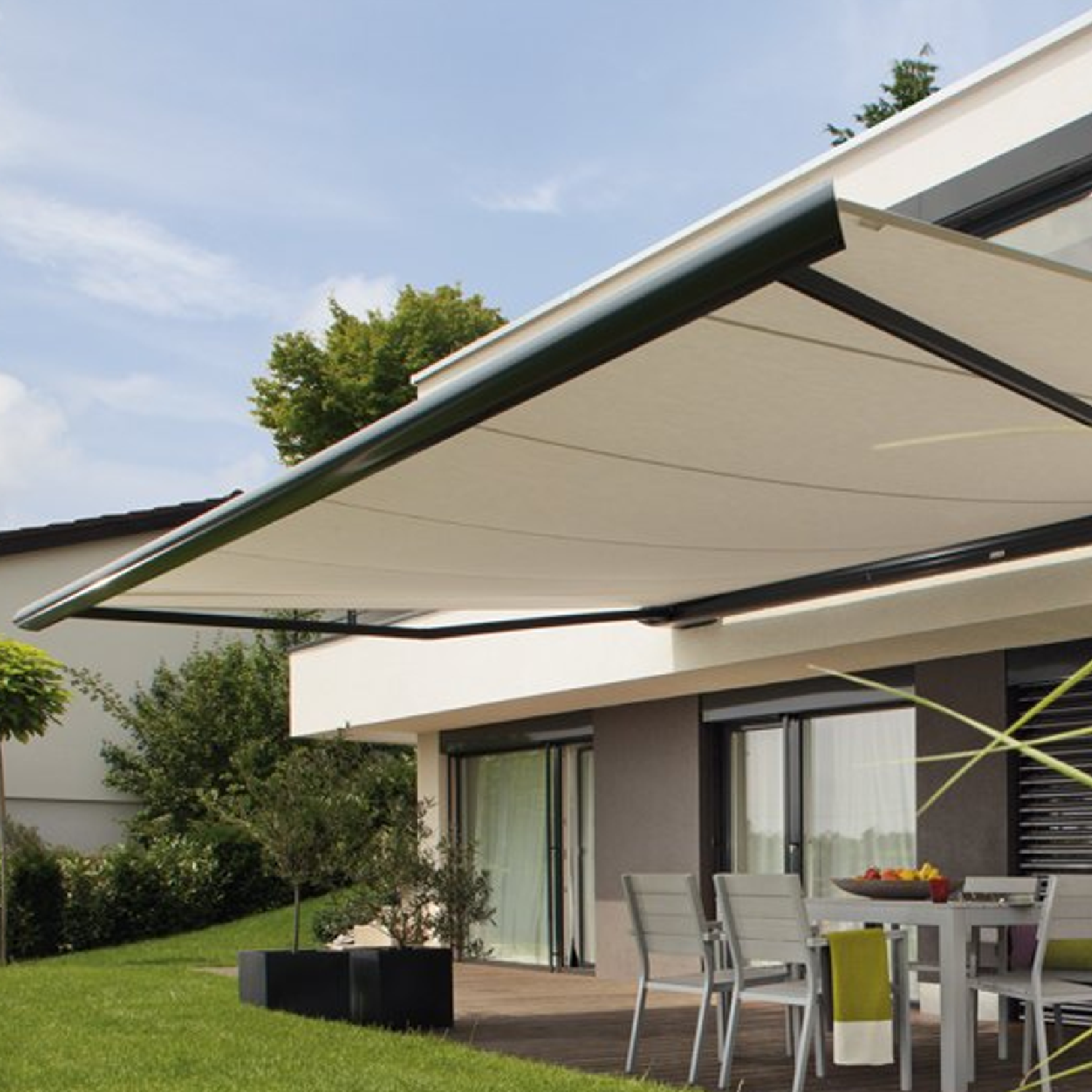 Weinor - We are an official weinor awnings retailer,  Riviera Blinds are long-term weinor dealer in Lytham St Annes Area.For many years now, weinor has consistently driven innovation in awning design and technology, and with its new generation of awnings, weinor is once again raising the bar. At the core of these developments are three aspects; design, convenience and technology. Design is a question of style and form, and whether classic or avant-garde, weinor awnings stand out for their high-quality materials with aesthetic look and shape. The result is ultramodern technology in a contemporary design