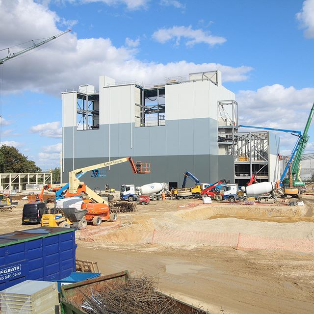 Another fantastic photo of the progression of the new 158,000sq. ft flour mill in Harlow. @alanwoodandpartners @ribaeastmidlands @riba . . . . . #architecture #nottingham #uk #interiordesign #design #archilovers #designstudio #architect #interiors #architecture_lovers #architecture_view #interiorproject #interiordeco #renderlovers #archilife #architectlife #furnitureinterior #architectureschool #architectureandpeople #interiorhome #interiorphotography #instarender #architecturephotography #architecture_hunter #interiorinspiration #rendering #revit #riba #industrialarchitecture