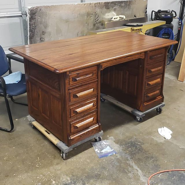 I recently refinished a desk for my soon to be father-in-law and this was the result. The color was achieved with #transtint Golden Brown dye mixed with denatured alcohol. The ratio was one quart alcohol to one ounce dye. I finished it with @generalfinishes Arm-r-Seal. This desk took a long time but I learned a lot about refinishing. #woodworker #refinishedfurniture #refinish #woodworking #woodshop #woodshoplife #woodworkerlife #furniture #wood #woodcraft #woodshop_warrior #woodporn #woodworkforall #woodworkerofinst #garageshop #carpenter #carpentry #diy #doityourself #bestigwoodworking #woodreview #generalfinishes #armrseal #goldencoastwoodworks