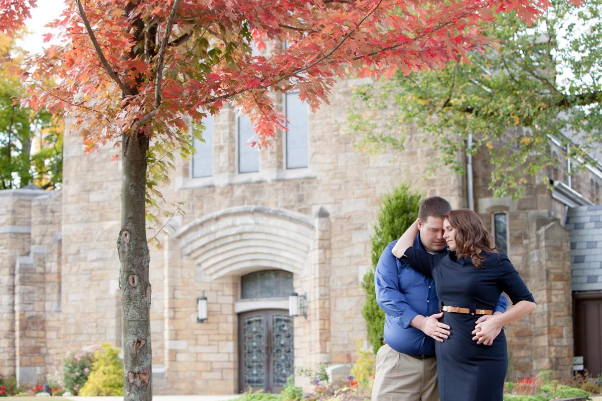 Engagement-Photographers-In-Greensburg-PA-07.jpg