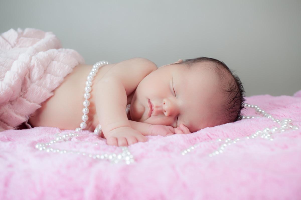Newborn-Photographers-In-Greensburg-PA-07.jpg