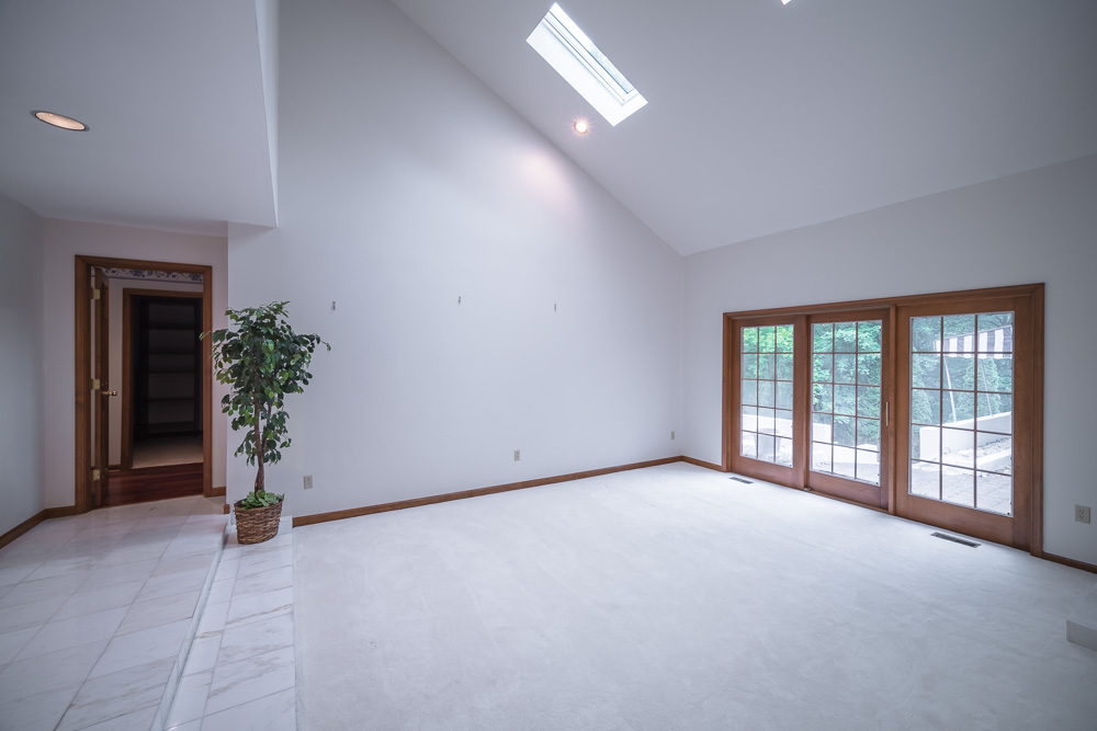Home-Staging-companies-Before-After-01.jpg