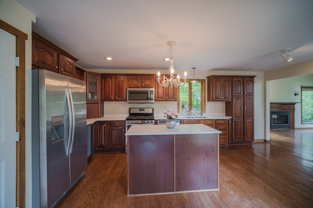 Real_Estate_Photographer_In_Jeannette_Pa_08.jpg