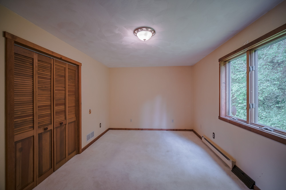 Real_Estate_Photographer_In_Jeannette_Pa_12.jpg