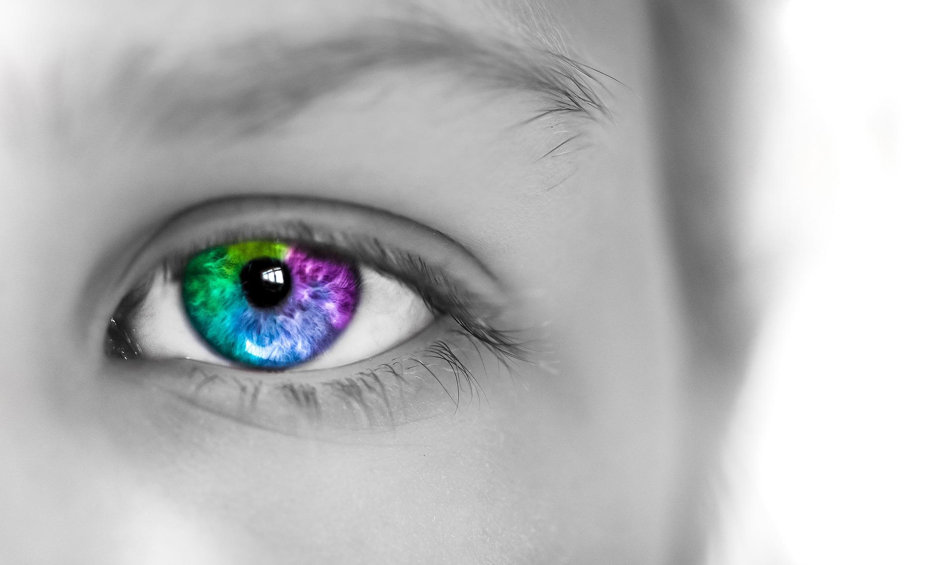 eye-1365333_1920.jpg