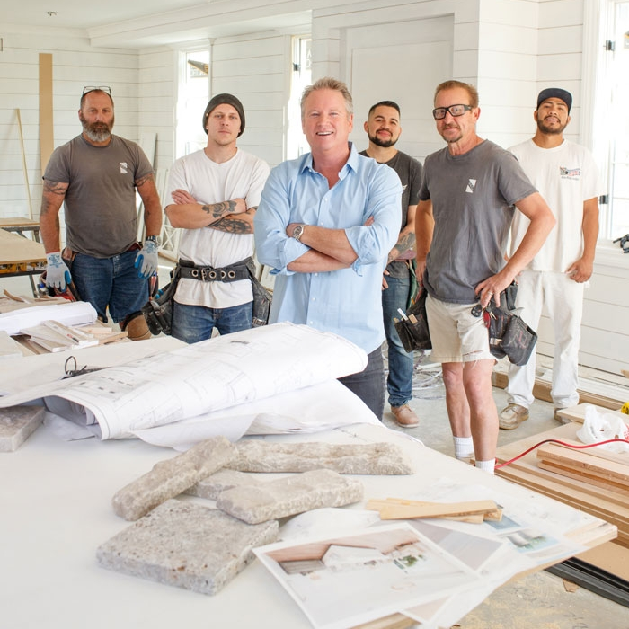 2018-07-16-Bleu-Cotton-Photography-Photo-of-Mark-and-crew-on-jobsite-about-us-WEB.jpg