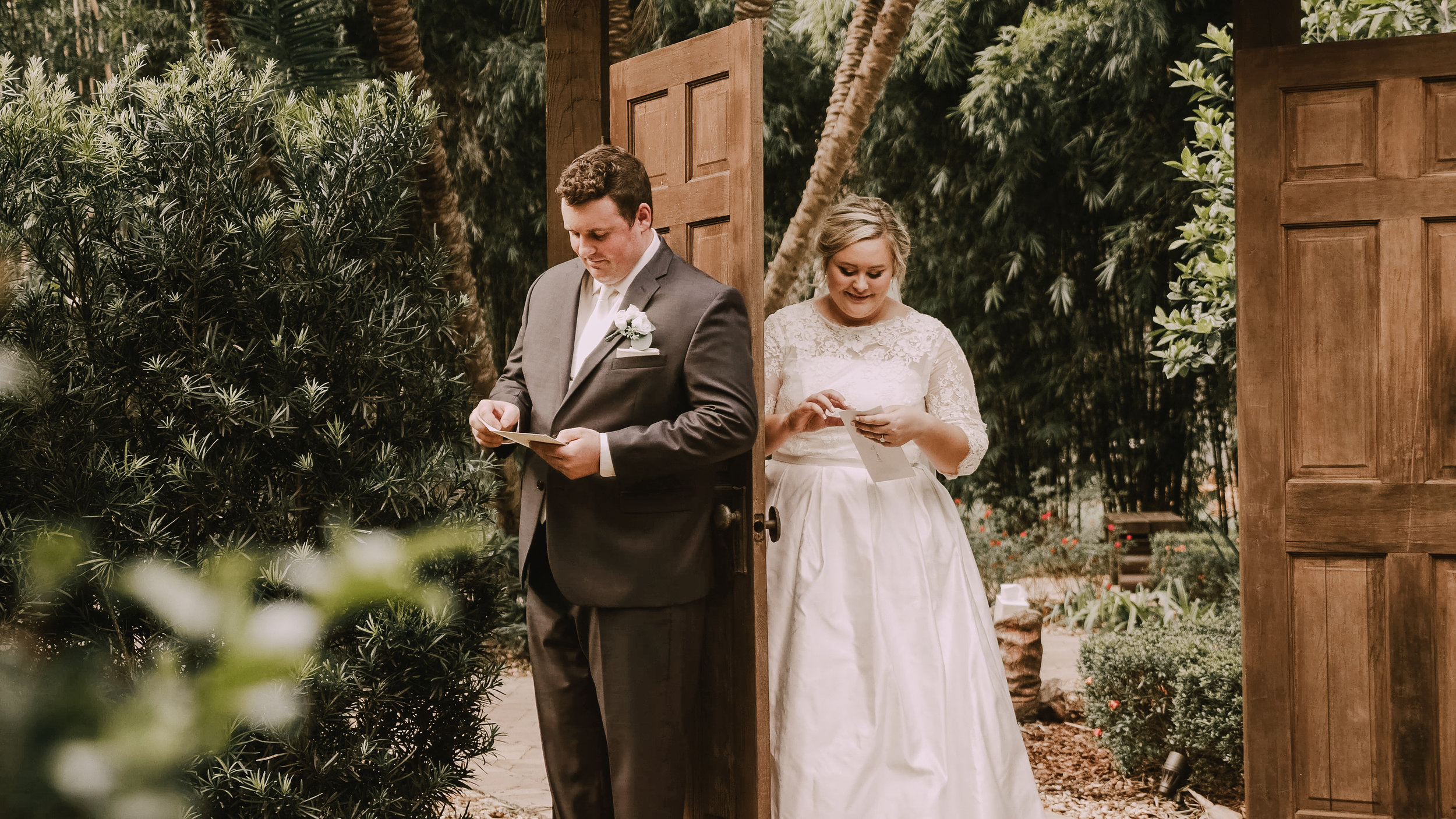 KYLE + LYNDSAY - The wedding of Kyle + Lindsay, captured at Club Lake Plantation in Apopka, FL.