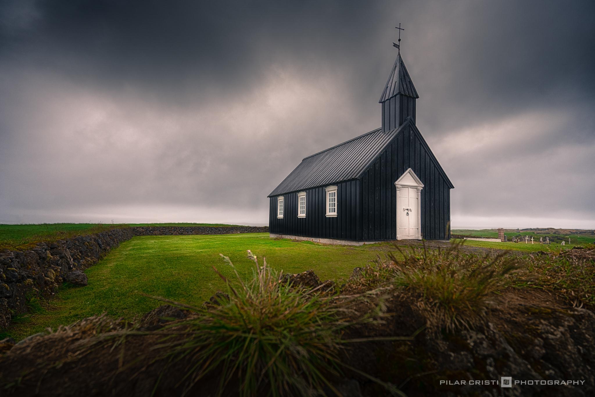 Iceland_church_color.jpg