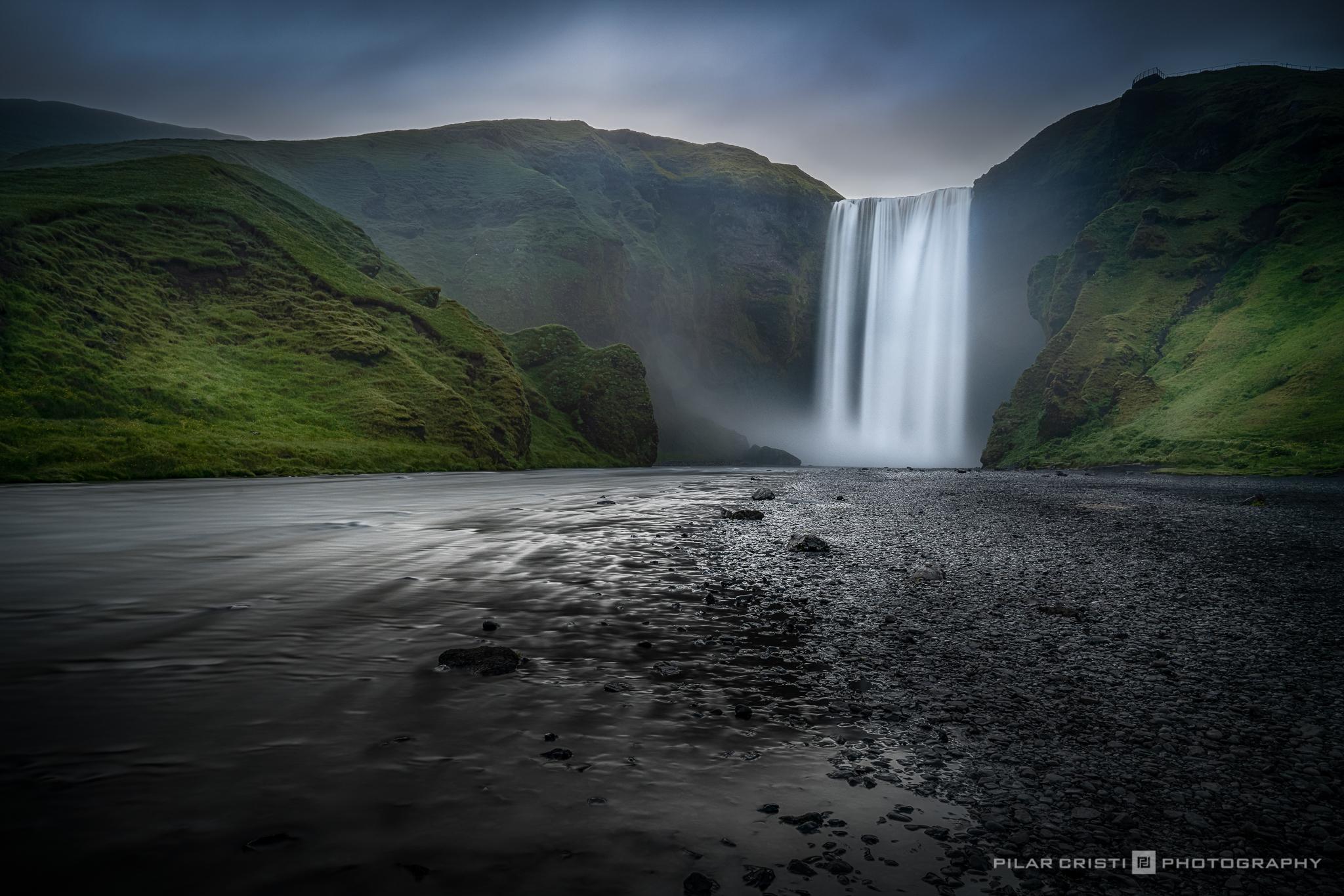 Iceland_Skogafoss_color.jpg