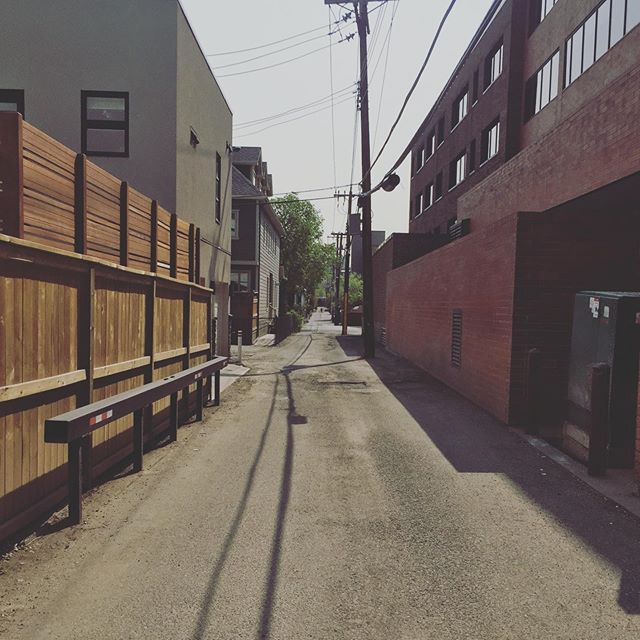 "As bike commuters we're always looking for the fastest route from A to B. Here's one of our favourite secrets of Kensington we've dubbed ""The Alley"". What's your favourite bike commute shortcut? . #commutebybike #cycling #bikeyyc #yyccycle #pedalhard"