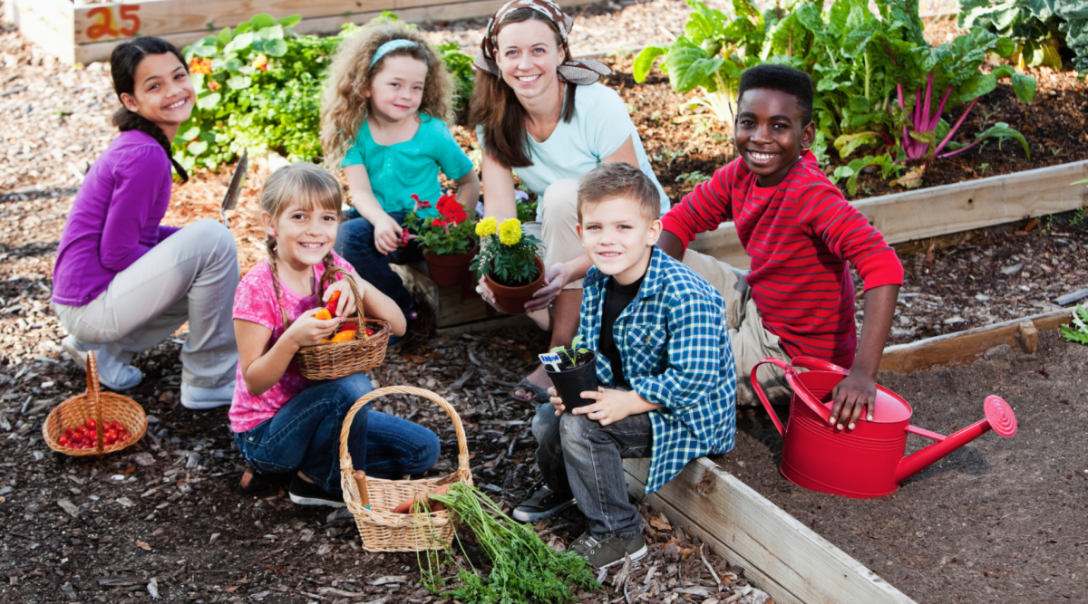 How-Community-Gardens-Can-Help-Kids-with-Disabilities-e1474921910578.png