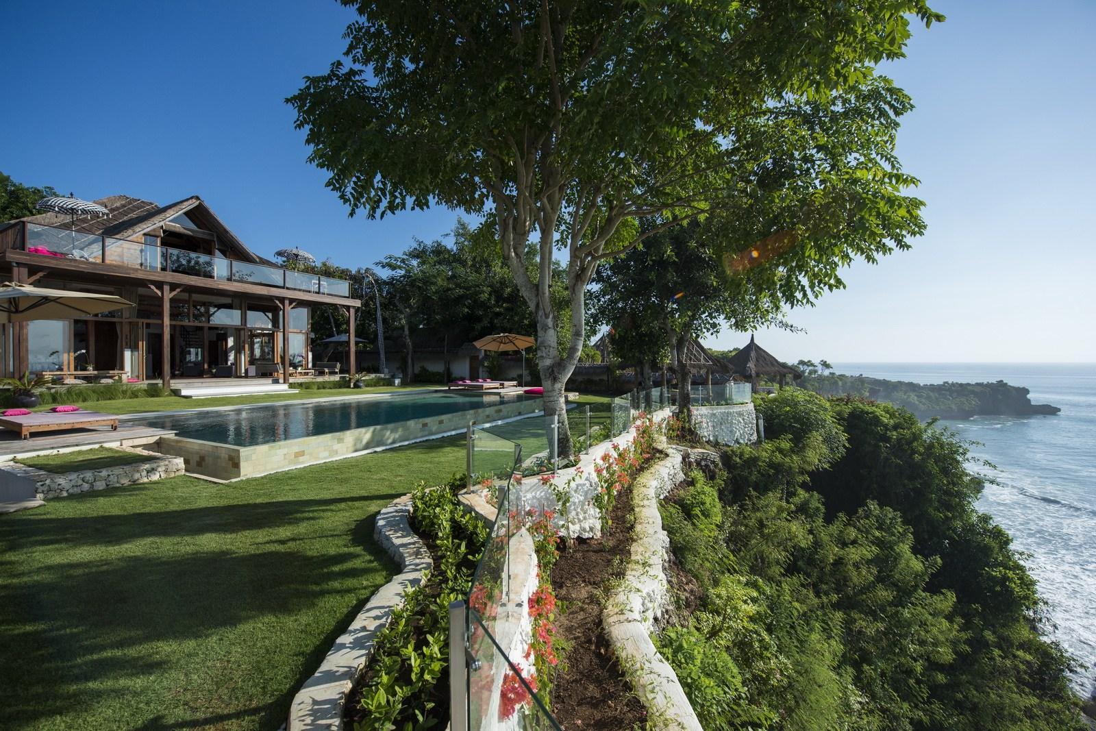 Villa-Singa-Bali-1.jpg