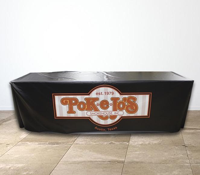 Poke E Jos Smokehouse Vinyl Table Cover Setting.jpg