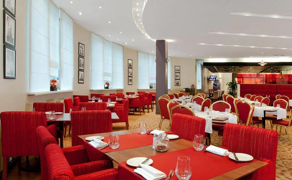 Holiday Inn Lesnaya 2.jpg