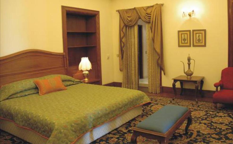 Hotel Lalit 2.jpg