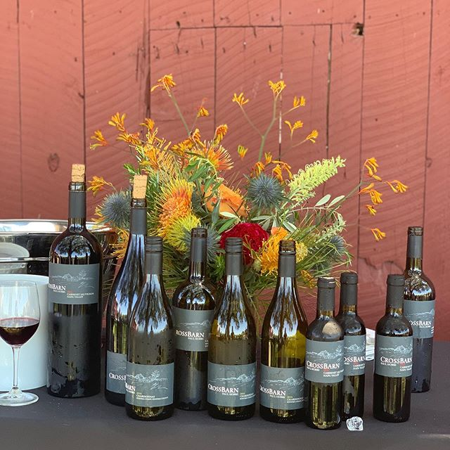 A big thank you to all of our friends who joined us for our first ever Crossbarn event at Feeney Ranch. Nothing says summer like bbq, live music, and wine! To hear about future events follow link in bio to become a club member. #crossbarnwinery #summerwine #bbq #sonomacoast