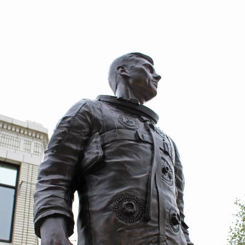 Roger B. Chaffee - Grand Rapids, MI