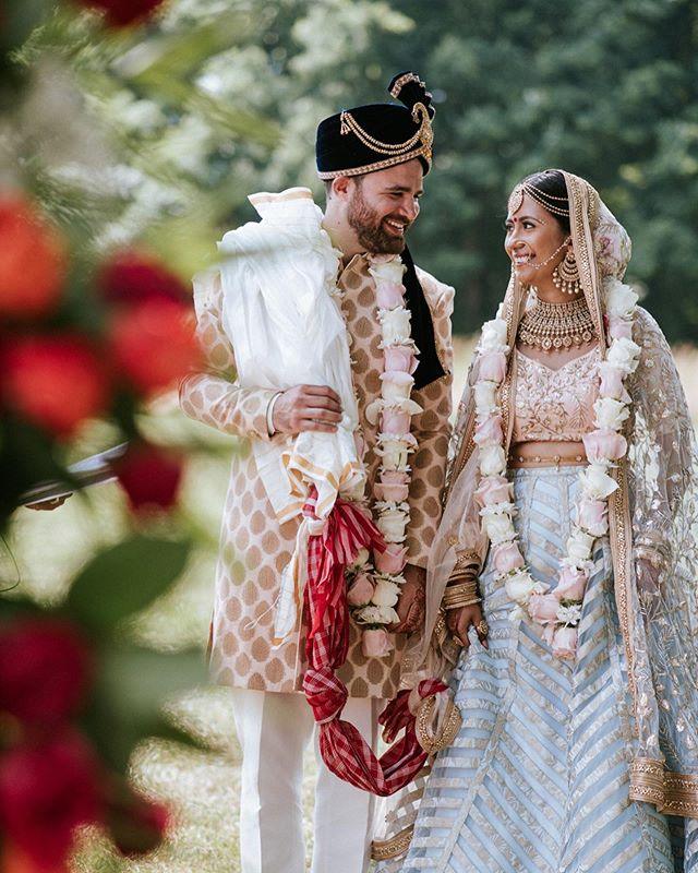 What's better than bringing two cultures together in a Barn/Vineyard setting?! This past weekend we got to experience something so beautiful between Pooja and Henry. Their outdoors #HinJew Ceremony was absolutely breathtaking. Followed by a fun night of dancing in a Barn! We want to congratulate you both on your marriage and we wish you a lifetime of endless love and happiness 💘🌸🌹 • • • 📸 @charmipena 🎥 @uniquevisionsstudio 📆 @pearlseventandco 🌸 @threenotchflorals @fernndecor 🎵 @getdjraj ✋🏽 @hennaforallny 🍽 @moghulcaterers @cornerstonecaterers 👗 @terra_inde 💄 @cinderellabridez