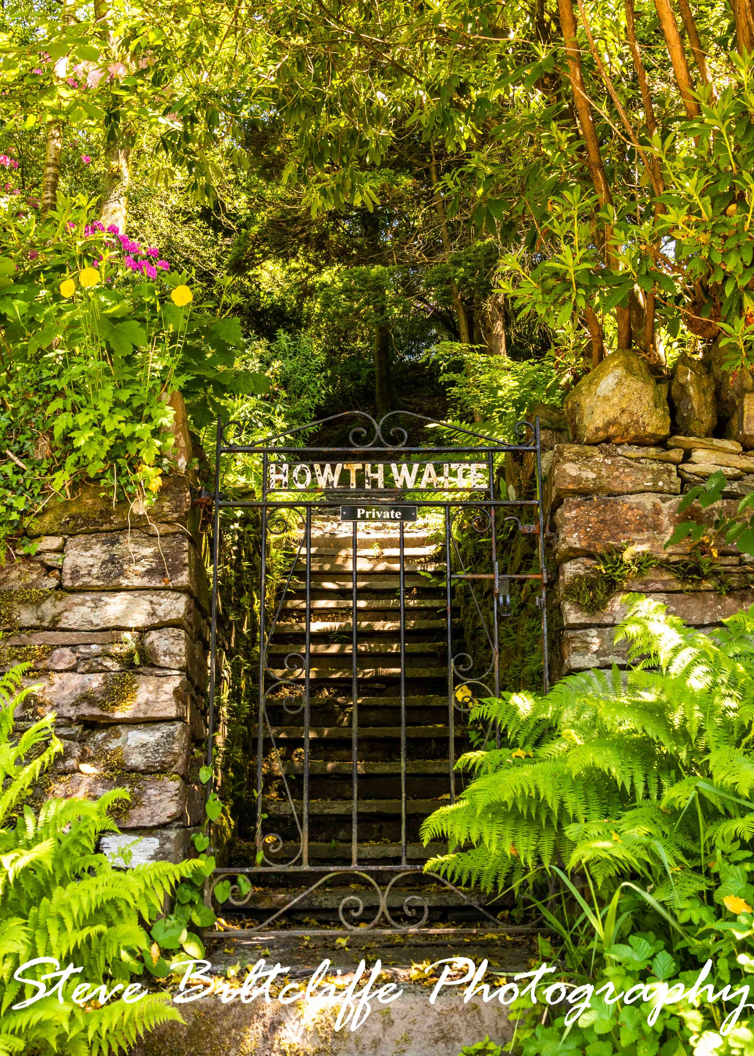 Grasmere - The Howthwaite Gardens 'Keep Out'