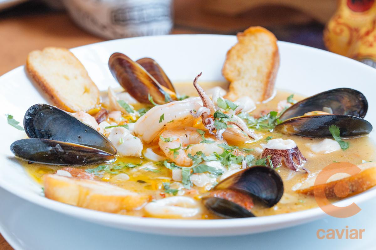 Xochitl_July2017-SeafoodAjillo3.jpg