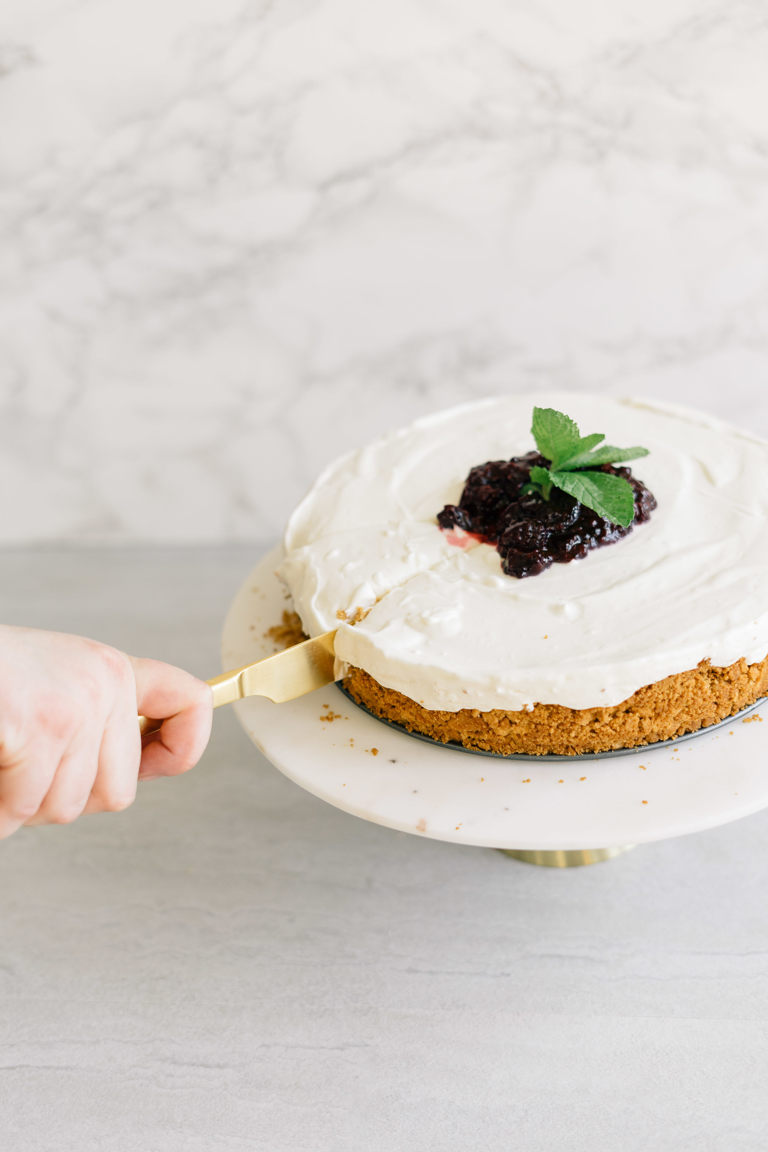 No-Bake Cheesecake with Blackberry Compote