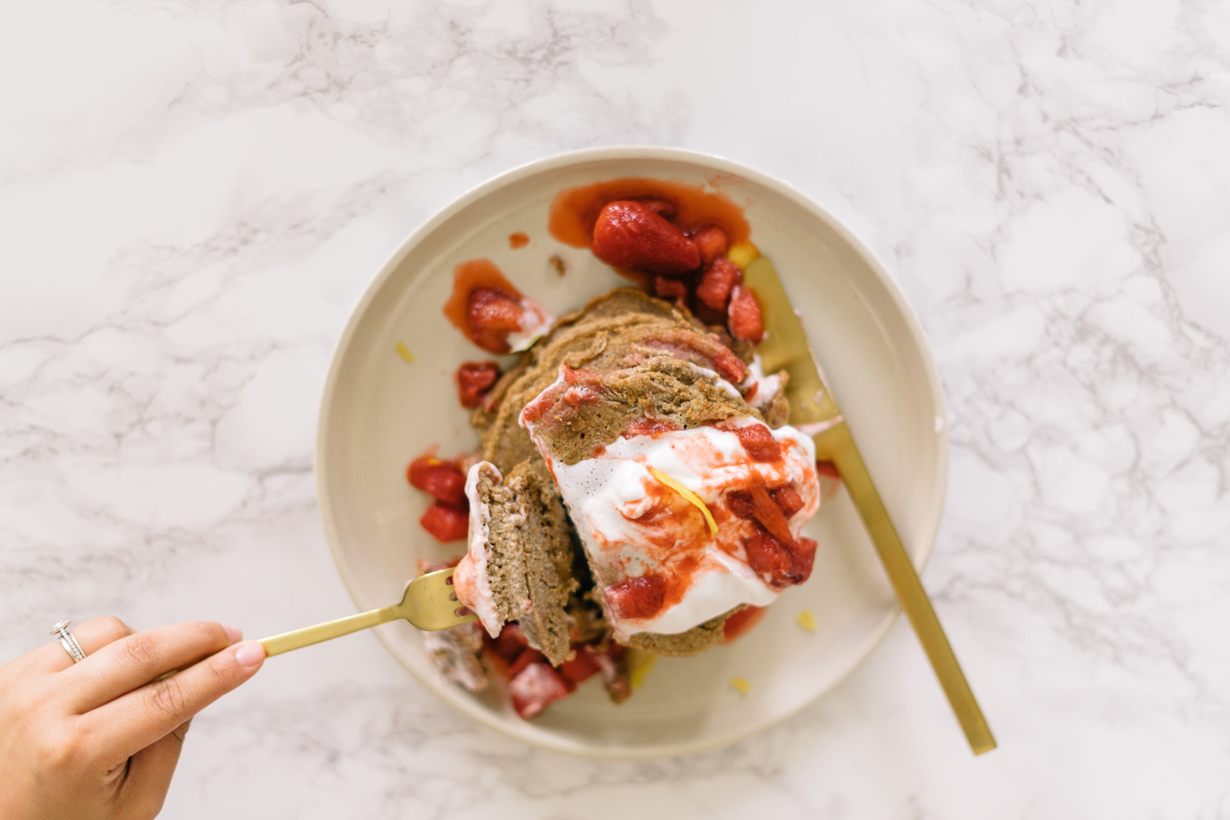 Paleo Strawberry Rhubarb Pancakes