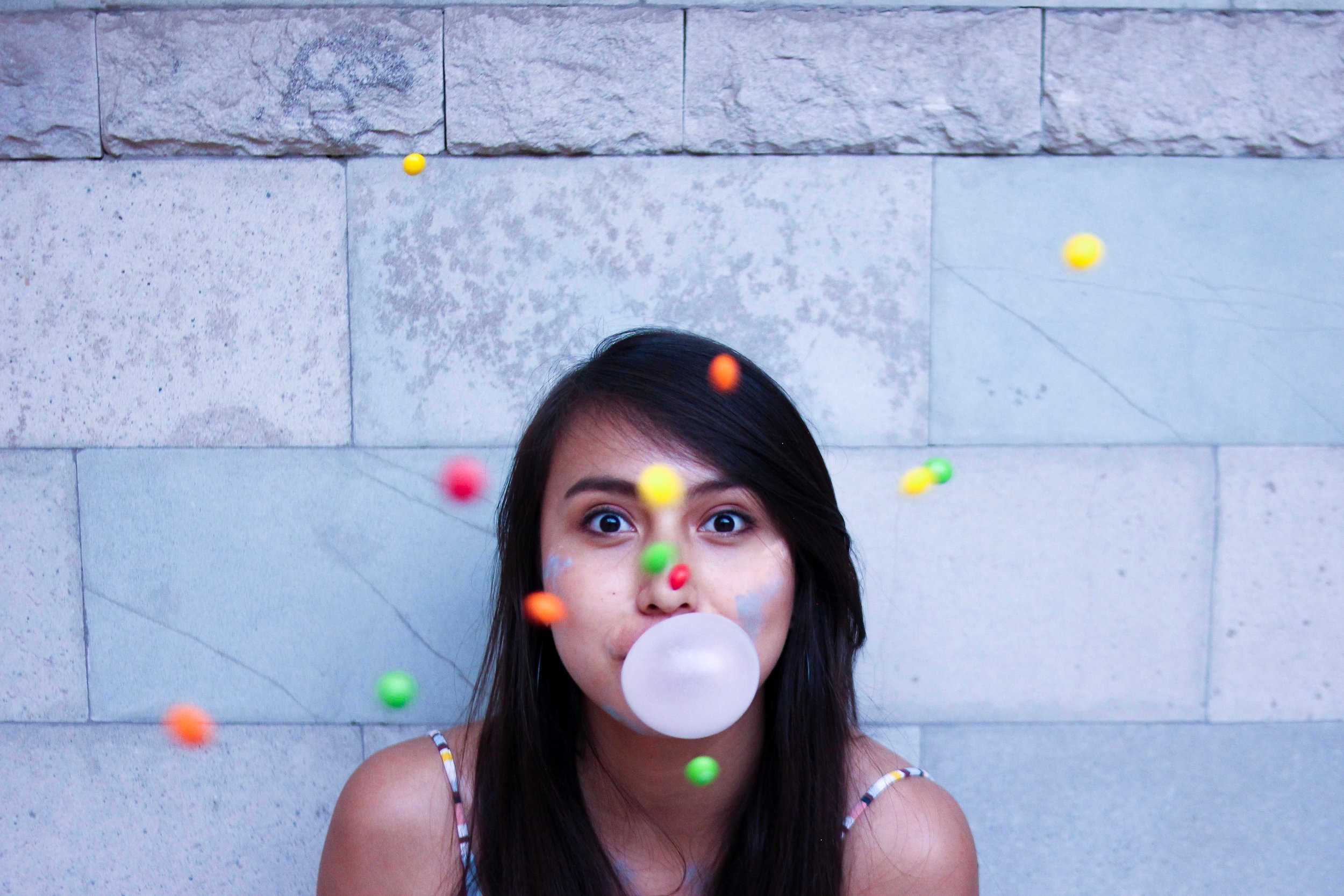 is chewing a gum actually good for your teeth.jpg