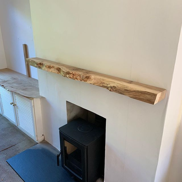 Return trip to Buckstone today to deliver this overmantle and top for a cupboard. Both are Elm from Dumfries, the overmantle is a little spalted which adds to its character. Both pieces have a beautiful grain and a little pippyness. The TV is usually mounted to the wall, so to hide it I made a channel from some more Elm which can be removed when needed.  Today's delights were a bowl of delicious strawberry's from their allotment. Tasted lovely in the long overdue sunshine!  #elm #waneyedge #overmantle #spalted #cabinetmaker #livingroom #bespoke #characterful #renovation #redecorate #edinburgh #dumfries #hardwood #availableforwork