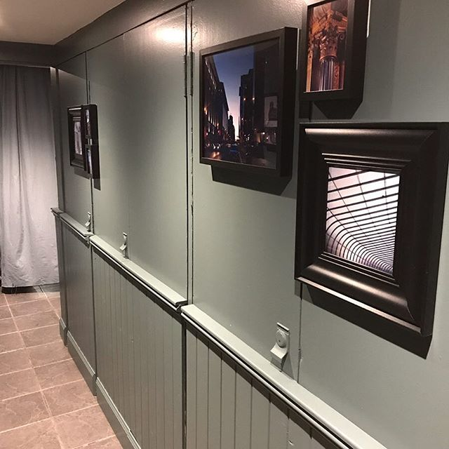 And the finished product. As promised, pictures of the corridor job all painted and ready to receive customers!  #wainscotting #dado #skirting #renovation #urbanchic #glasgow #contemporary #bespoke #availableforwork #gin #gin71 @cuptearooms