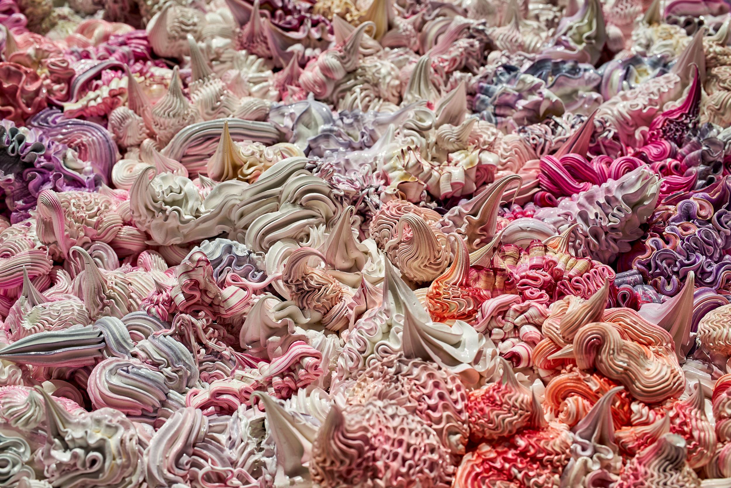 Xu Zhen ,  Under Heaven -- 2808TV1512 , 2015, Oil on canvas, aluminium, 98 3/8′′ x 70 3/4′′ x 5 1/2′′ (249,9 x 179,7 x 14 cm) (Detail)