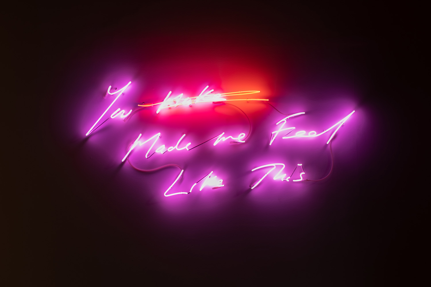 """Tracey Emin ,  You Made Me Feel Like This , 2018, Ed. 1/3, Neon (magenta and light red), 28 1/8"""" x 65 5/8"""" (71,4 x 166,7 cm)"""