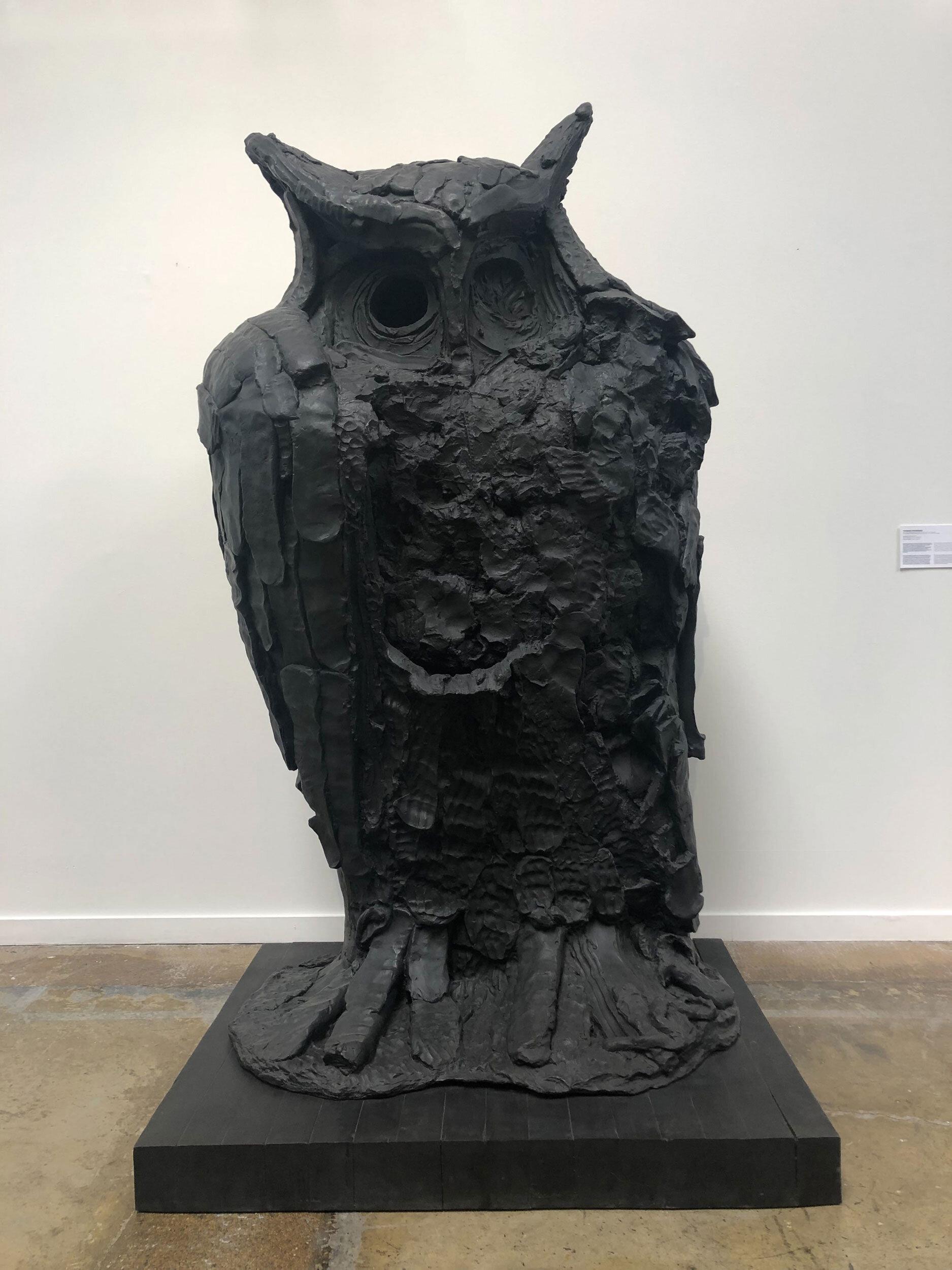 Thomas Houseago, Standing Owl 1