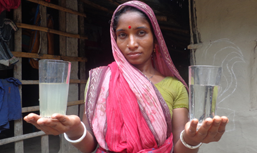 bangladesh-gallery-02-OHorizons_before_and_after_our_water_filter_in_Bangladesh.jpg