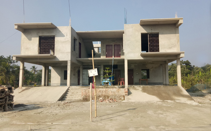 Our Bangladesh Project HQ was built. The impressive multiple story filter production and beneficiary training center is now in use in the village of Munshigonj in southwestern Bangladesh.