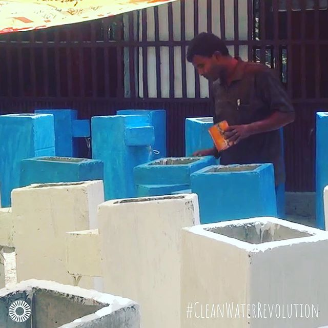 At our #WoodMold #BioSandFilter factory in Bangladesh, the team takes great pride in painting each fo the completed #cleanwater filters, making them look extra special before they give a family #cleanwaterforlife right inside their homes. #cleanwaterrevolution⠀ .⠀ .⠀ .⠀ .⠀ .⠀ #innovation #water #bsf #woodmoldbsf #woodmolds4life #cleanwaterforall #dirtywaterkills #makedirtywaterclean