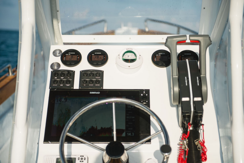 Simrad Yachting instruments.