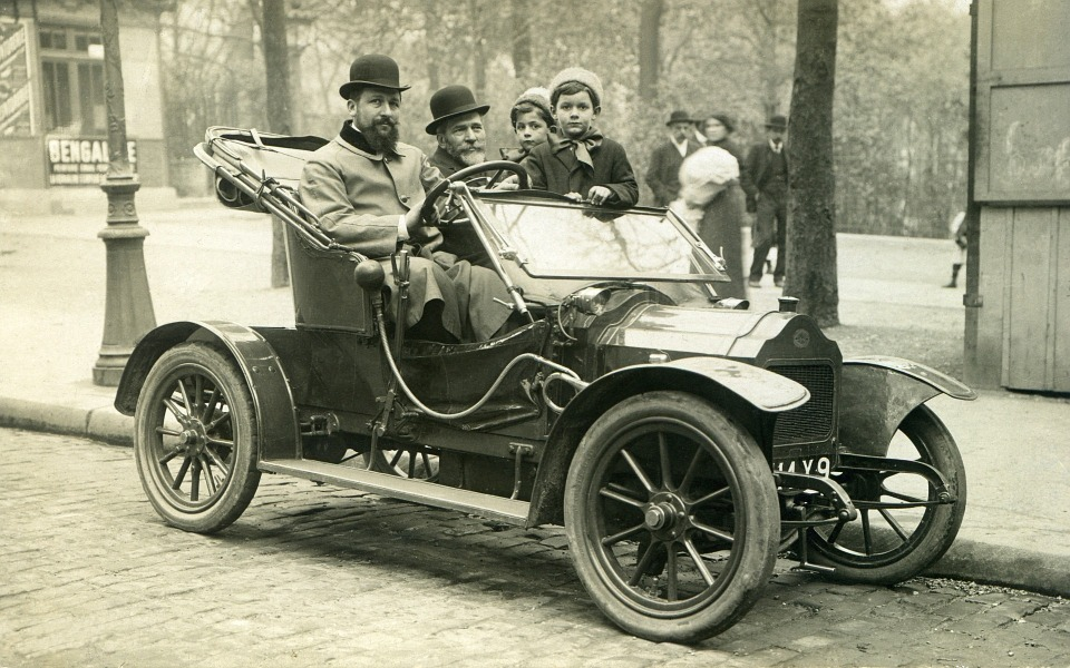 Gas up the Model T, Wilfred.  We're going for a jaunt!