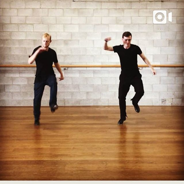 Just a casual Tap Class to some Flume #tap #tapdance #dancing #apollofulltime #beats #tapsoul #tapshoes with. @josh_mosh18 @ez.ra.gram