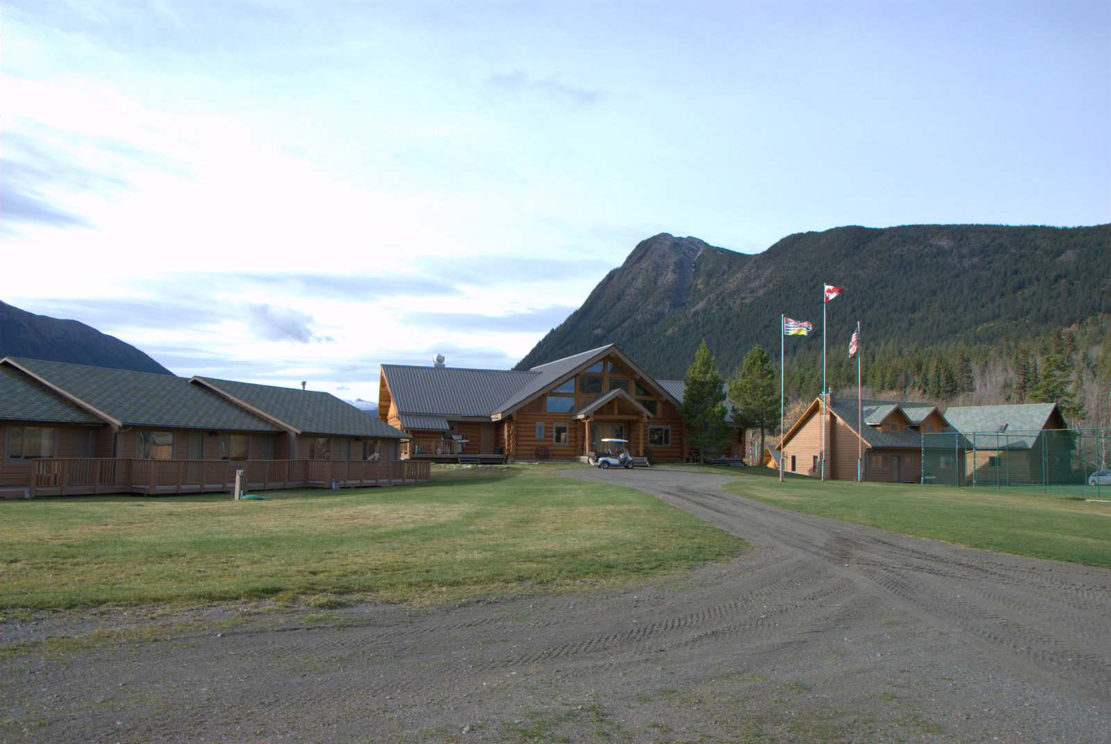 Rooms - (Not AVAILABLE 2019) - The rooms is comprised of 12 one-bedroom/one-bathroom rooms with immediate access to the lodge and lake.