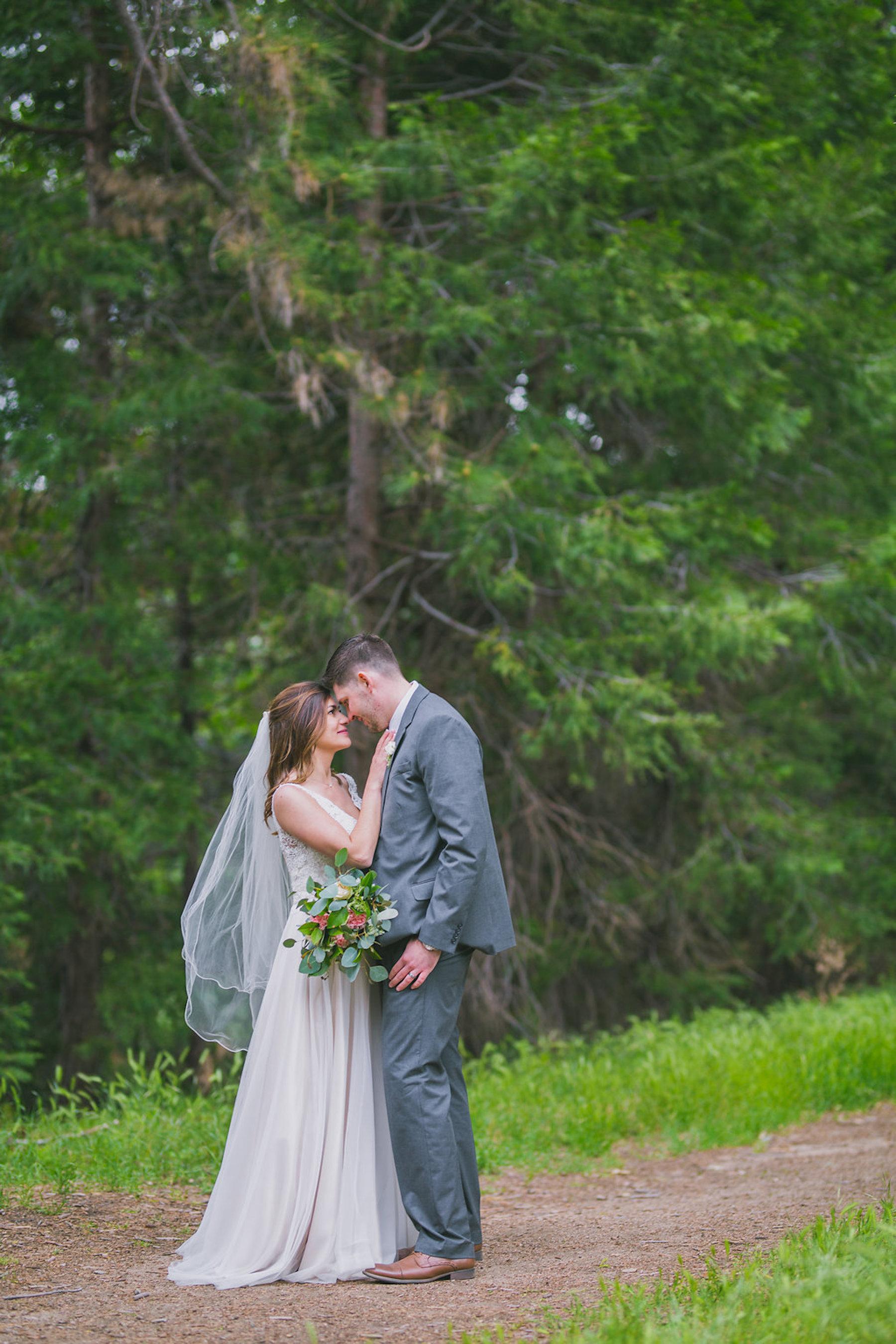 Alison & Jared: Venue- Thousand Pines, Crestline, Ca