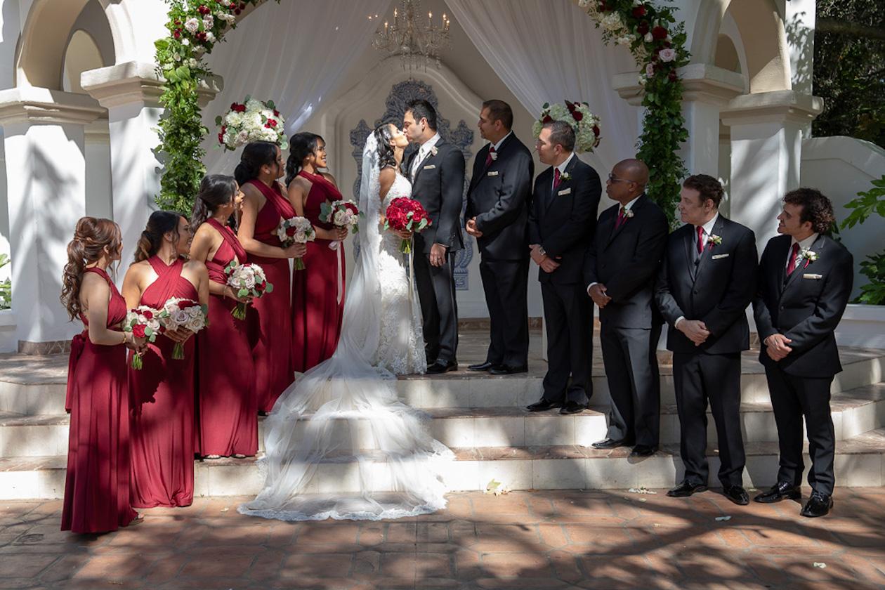 Mayara&Adrian CeremonyKiss.jpg
