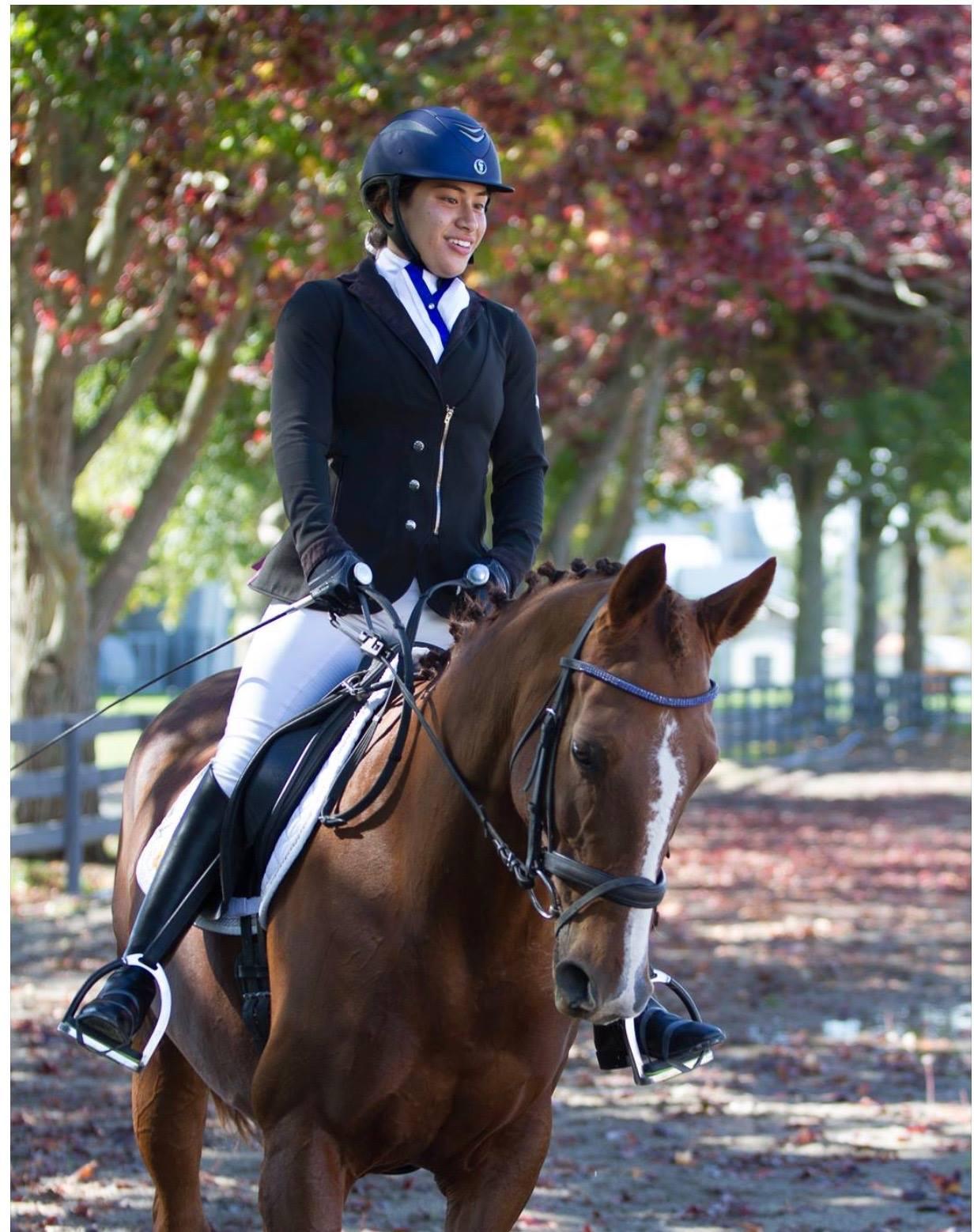 Charlotte riding Amarante
