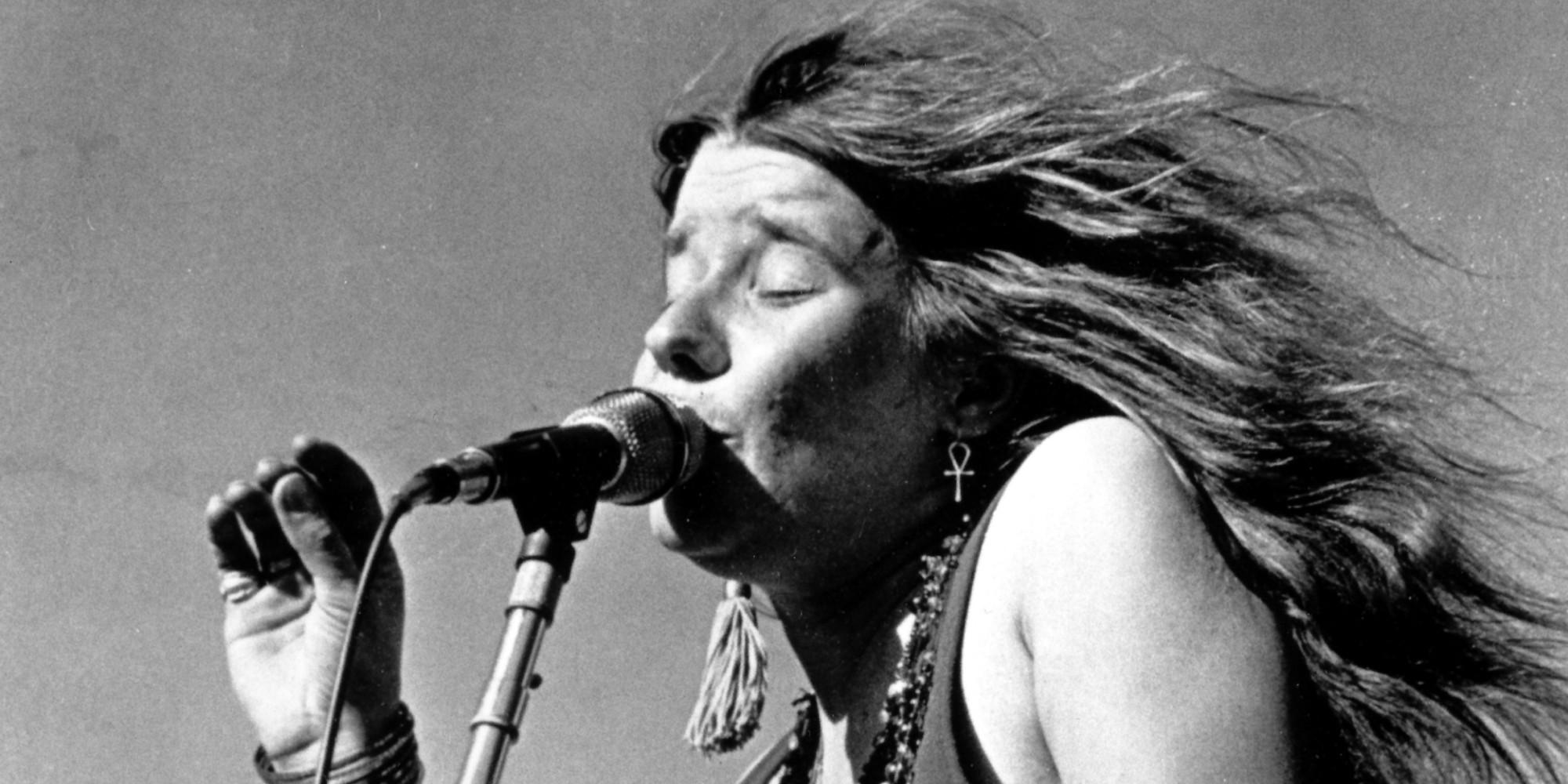 JANIS - … pour Janis Joplin, ici avec la chanson Piece of My Heart. D'abord enregistré par Erma Franklin en 1967, le titre rencontra une plus large audience avec la reprise du groupe Big Brother and the Holding Company, avec Janis Joplin comme chanteuse lead. Cette nouvelle version apparaît sur leur album Cheap Thrills, sorti en 1968. Jusqu'à sa mort en 1970, Piece of My Heart restera le plus grand succès de Joplin et sa chanson la plus connue.