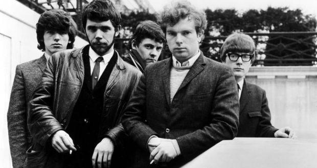 GLORIA - … pour la chanson Gloria du groupe Them. Écrite et enregistrée en 1964 par le chanteur lead Van Morrison, elle sortira en B-Side du single Baby, Please Don't Go. Grand classique du rock, elle a été reprise un nombre incalculable de fois, notamment par Patti Smith dans son album Horses, sorti en 1975. Patti en changera toutefois les paroles pour coller à la naissance du mouvement punk de l'époque, comme en témoigne son intro mémorable