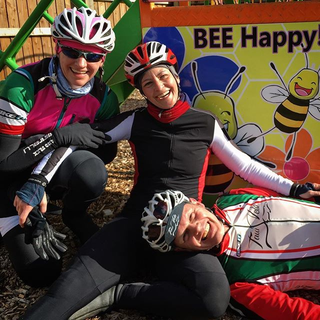 Be Happy #tawvelo #behappy #cycling #roadcycling #barnstaple #fromwhereiride #outsideisfree #cyclinglife #bikelife #cyclingphotos #instacycling #bikestagram @quincehoneyfarm