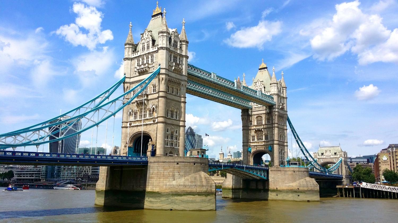 London_01_TowerBridge_RGB.jpg