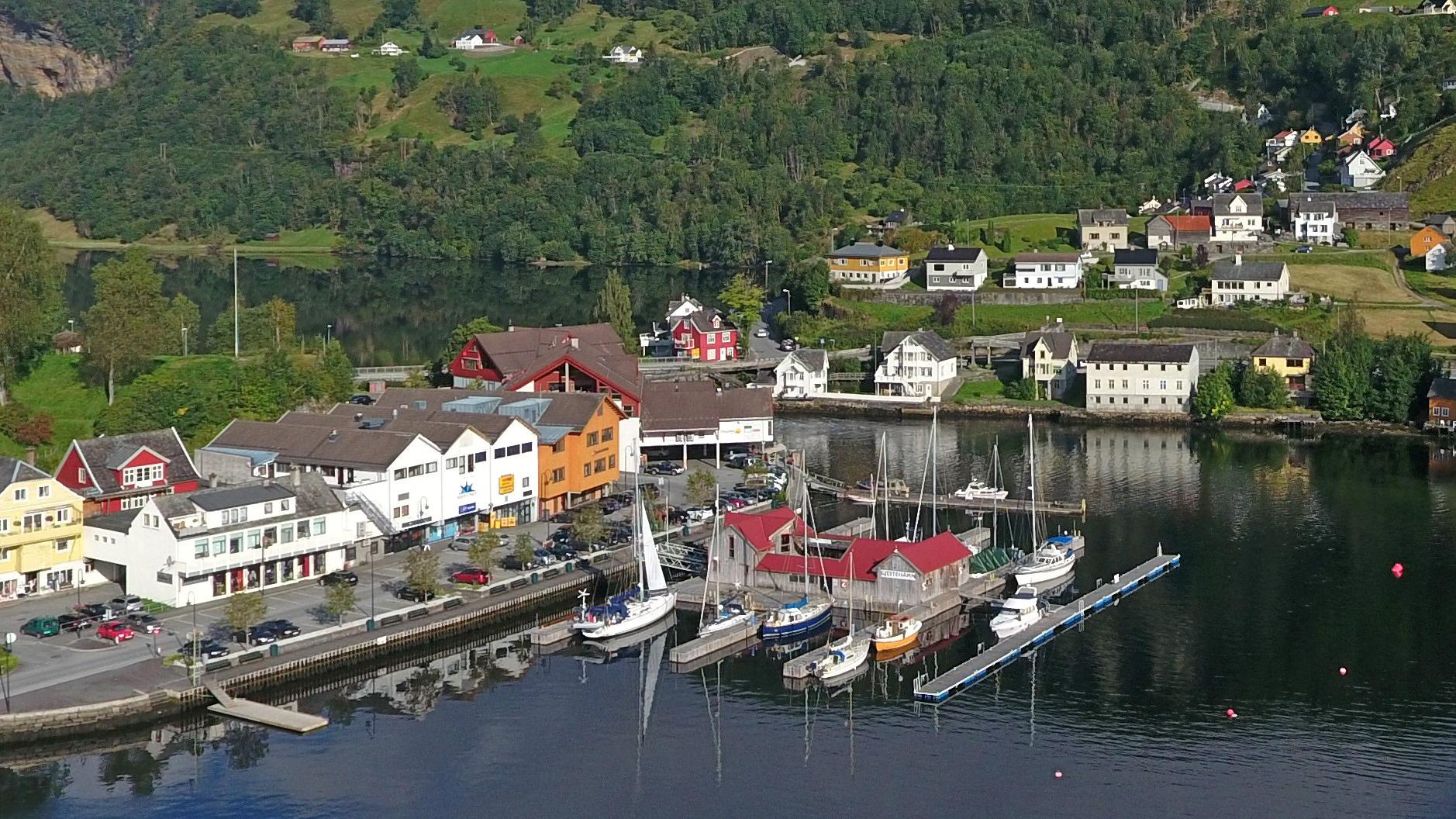 Båthamn i Norhs..JPG