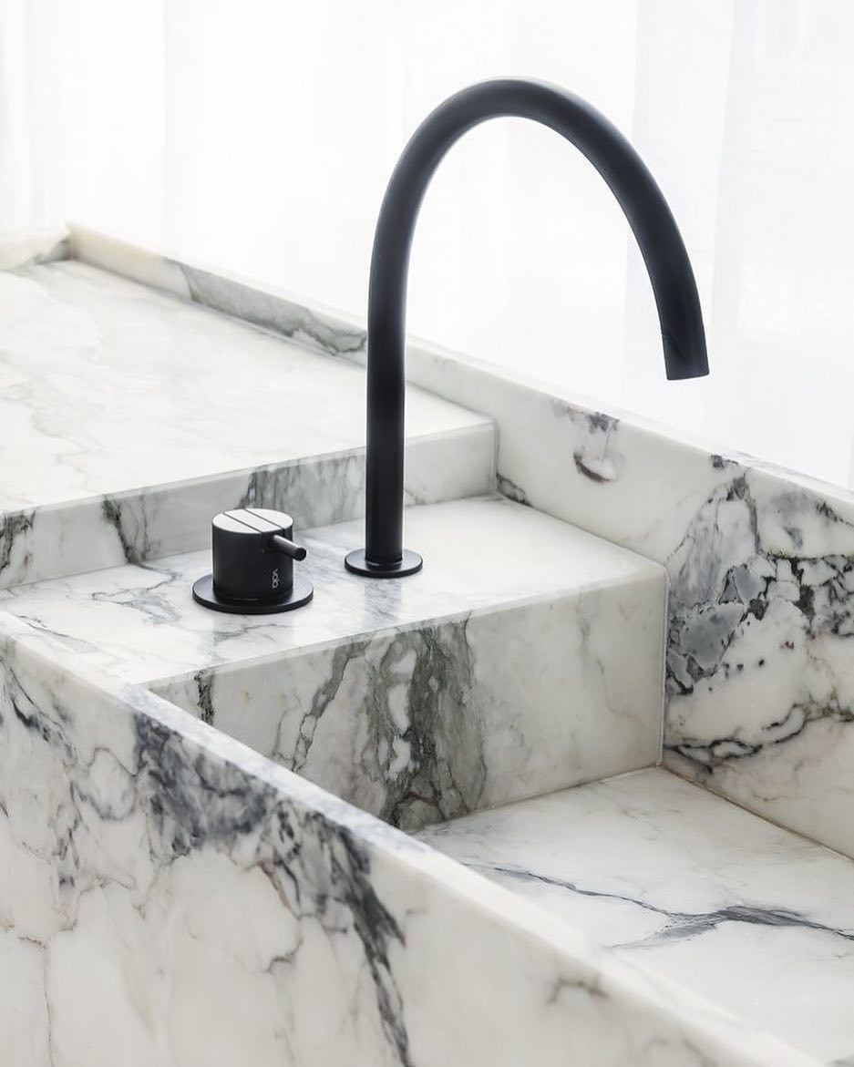 Marble sink - Run the Marble through here with a matt black tap and blender
