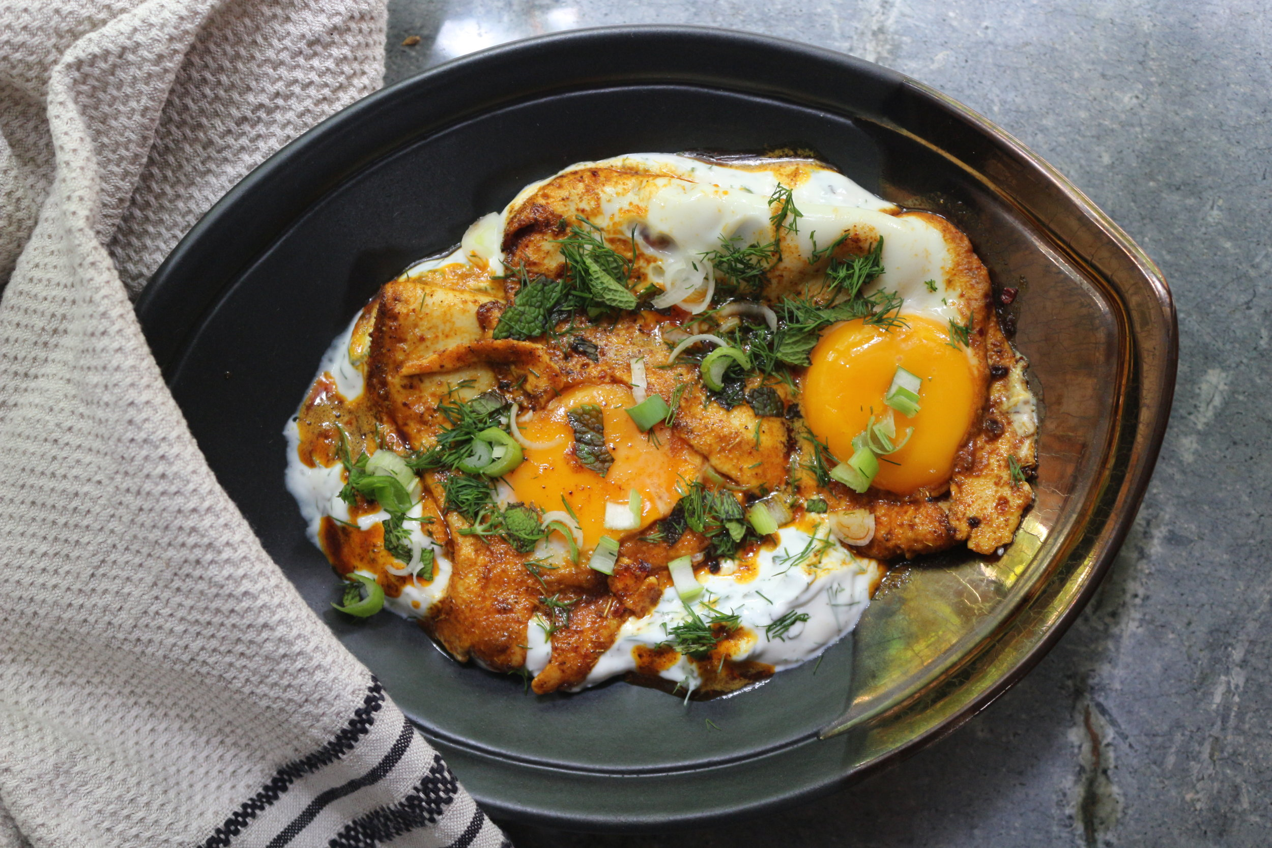 Labneh & Fried Eggs served in Rialheim Superdate Bowl